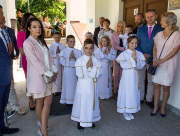 Pierwsza Komunia Święta w parafii 7