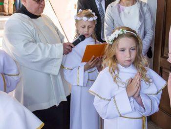 Pierwsza Komunia Święta w parafii 9