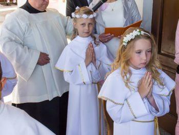 Pierwsza Komunia Święta w parafii 10