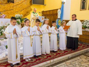 Pierwsza Komunia Święta w parafii 25