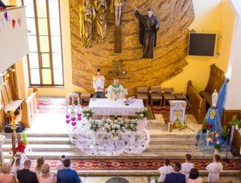Pierwsza Komunia Święta w parafii 34