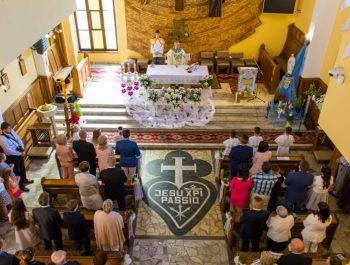 Pierwsza Komunia Święta w parafii 35