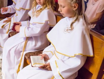 Pierwsza Komunia Święta w parafii 38