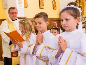 Pierwsza Komunia Święta w parafii 39