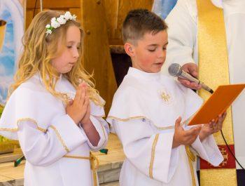 Pierwsza Komunia Święta w parafii 41