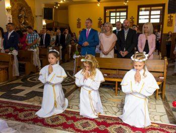 Pierwsza Komunia Święta w parafii 45