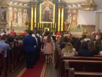 Bierzmowanie młodzieży z naszej parafii 8