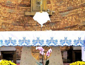 Parafialna adoracja Najświętszego Sakramentu 1