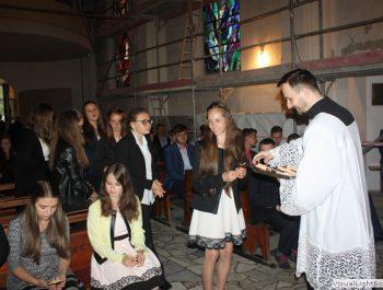 Bierzmowanie młodzieży z naszej parafii 37
