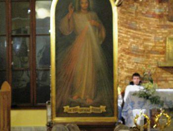 Nawiedzenie obrazu Jezusa Miłosiernego i relikwii św. Jana Pawła II i św. s. Faustyny 20