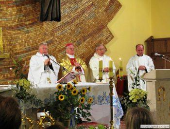Nawiedzenie obrazu Jezusa Miłosiernego i relikwii św. Jana Pawła II i św. s. Faustyny 25