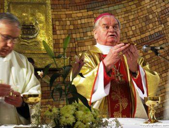 Nawiedzenie obrazu Jezusa Miłosiernego i relikwii św. Jana Pawła II i św. s. Faustyny 30