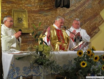 Nawiedzenie obrazu Jezusa Miłosiernego i relikwii św. Jana Pawła II i św. s. Faustyny 31