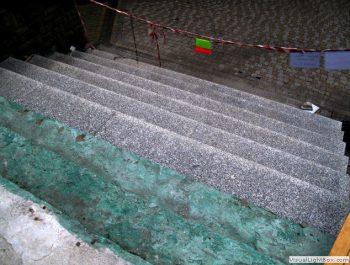 Ciąg dalszy prac remontowych schodów do kościoła 4