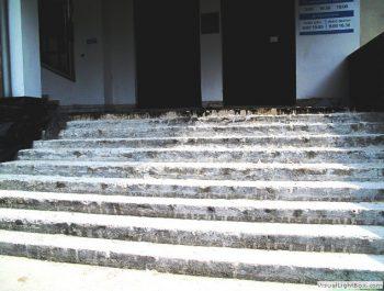 Ciąg dalszy prac remontowych schodów do kościoła 5