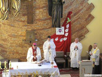 Wizytacja kanoniczna Ks. Biskupa i bierzmowanie młodzieży Biskupa 13