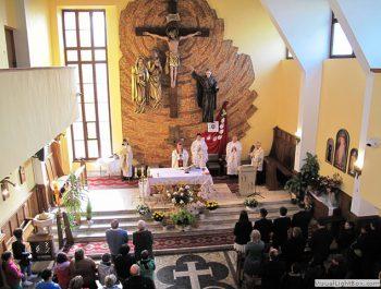 Wizytacja kanoniczna Ks. Biskupa i bierzmowanie młodzieży Biskupa 14