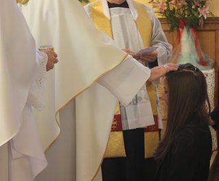 Wizytacja kanoniczna Ks. Biskupa i bierzmowanie młodzieży Biskupa 24