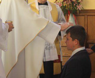 Wizytacja kanoniczna Ks. Biskupa i bierzmowanie młodzieży Biskupa 25