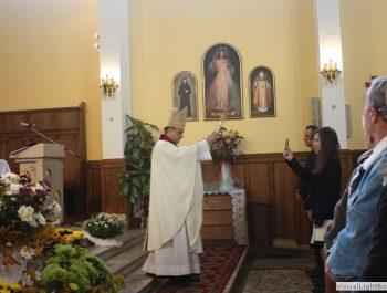 Wizytacja kanoniczna Ks. Biskupa i bierzmowanie młodzieży Biskupa 31