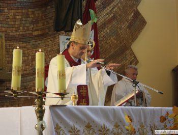 Wizytacja kanoniczna Ks. Biskupa i bierzmowanie młodzieży Biskupa 32