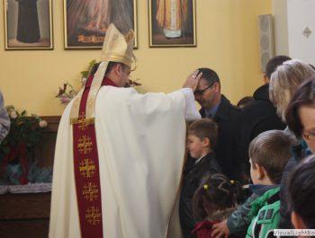 Wizytacja kanoniczna Ks. Biskupa i bierzmowanie młodzieży Biskupa 35